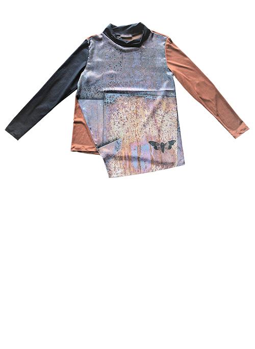 Rost-Bluse mit Zikade. Muster 3 Produktansicht. Mode, Design und Stoff saschakonevaberlin