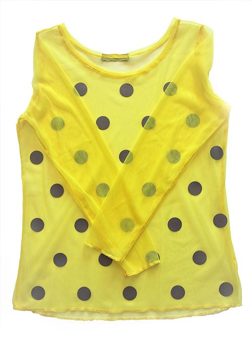 Netzbluse mit Punkten in gelb