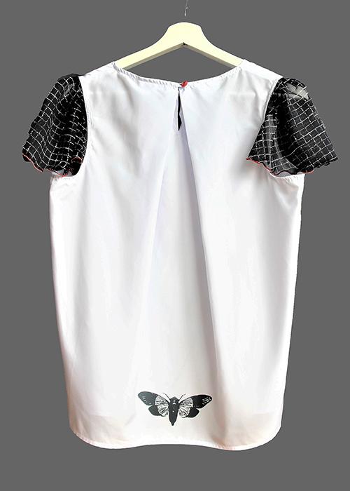 Sommerbluse mit Flügelärmeln motiv 2. Bluse aus Beautiful Zombies Collection von hinten