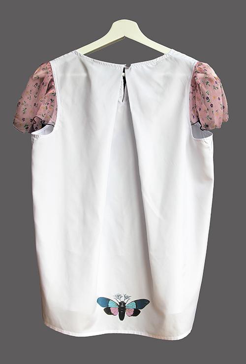 Sommerbluse mit Flügelärmeln motiv 3. Bluse aus Beautiful Zombies Collection von hinten
