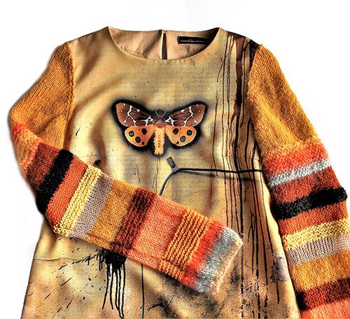 Winterkleid 8 mit Print Und gestrickten Ärmeln als Produkt