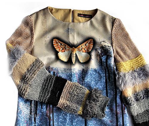 Winterkleid 9 mit Print Und gestrickten Ärmeln als Produkt